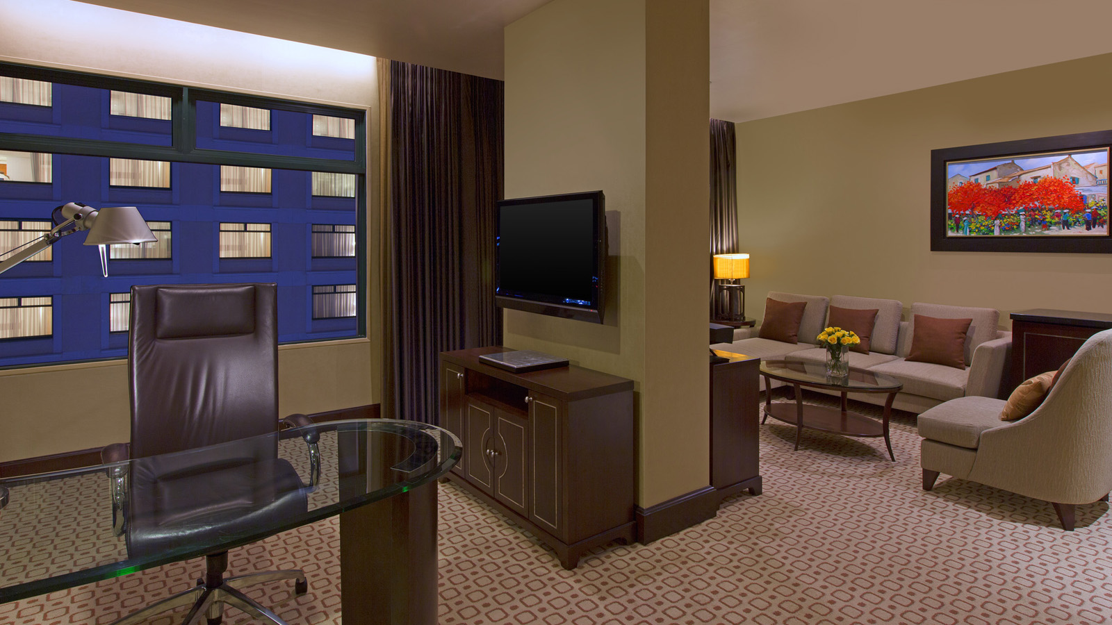 Grand Tower Junior Suite, Sheraton Saigon Hotel & Towers