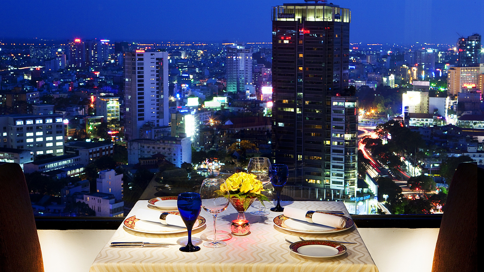 Level 23 Signature Restaurant - Sheraton Saigon Hotel & Towers